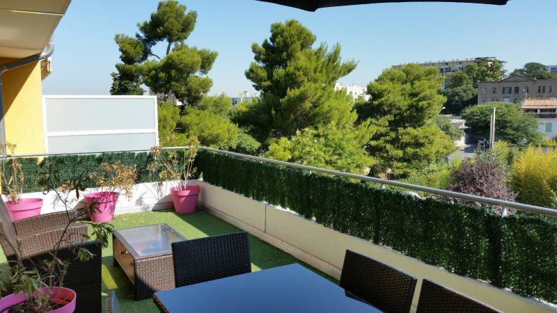 Annonce vente appartement marseille 10 70 m 270 000 for Vente appartement toit terrasse marseille