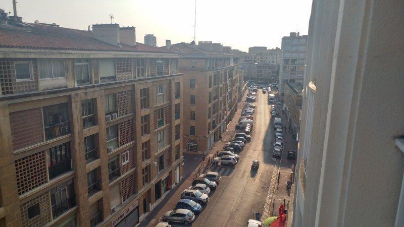 Vente centre historique de marseille vieux port for Appartement design centre marseille vieux port