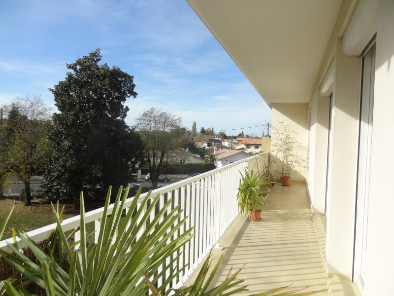 Annonce vente appartement bordeaux 33200 75 m 170 for Appartement bordeaux 33200