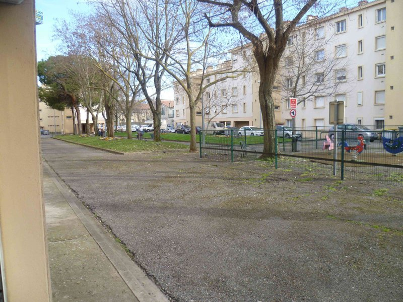 Vente carcassonne apt type f4 parking for Le jardin 02190