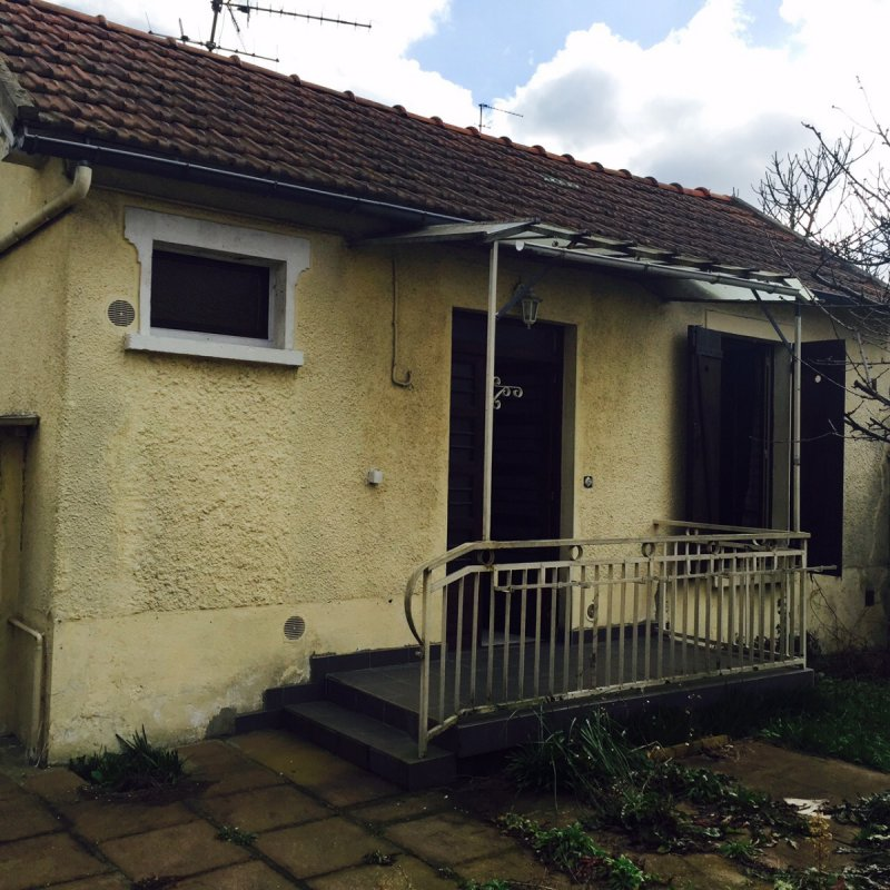 Annonce vente maison stains 93240 26 m 120 000 for Garage stains 93240