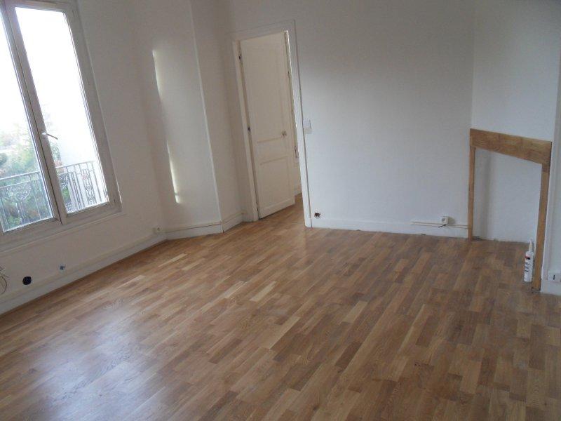 annonce vente appartement aubervilliers 93300 42 m 139 000 992730899225. Black Bedroom Furniture Sets. Home Design Ideas