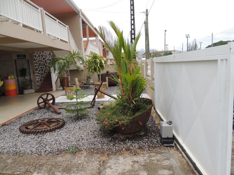 Vente villa completement renovee for Amenagement jardin 600m2
